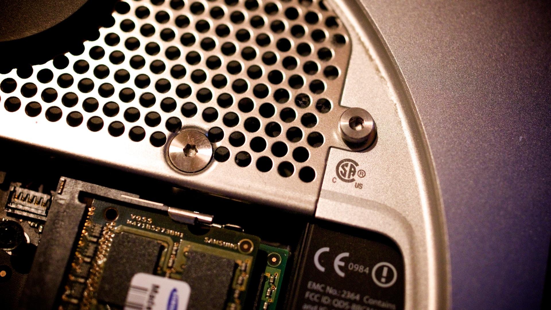 Plextor M5S SSD in Macmini2010 1137